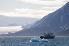 Polar Pioneer (Joko-Facile) Tags: berge eis glacier gletscher hurtigruten kongsfjorden mountains norway norwegen nyalesund polarpioneer schiff ship spitzbergen spitzbergentravel svalbard vestlandclassic ice nylesund svalbardundjanmayen sj