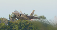 London,ON,Airshow,16Sep16.05 (Pervez 183A) Tags: f22 raptor usaf stealth london airshow ontario afterburners ab reheat takeoff jetfighter cyxu yxu