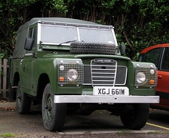 XGJ 661W (Nivek.Old.Gold) Tags: 1981 land rover 88 series 3 softtop 2286cc