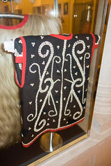 Sarawak native seashell vest (quinet) Tags: 2015 aborigène borneo iban kuching kuchingtextilemuseum malaysia sarawak ureinwohner native