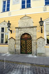 Entrance to House of the Brotherhood of Black Heads (Christopher M Dawson) Tags: guild brotherhood blackheads viking baltic scandinavia homelands travel international foreign tourism adventure history scenery art architecture europe 2016cmdawson nikon estonia tallinn unesco capital