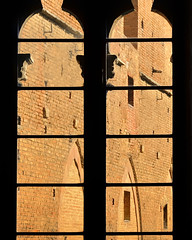 _DSC4414 Anx2 1024h Q90 (edk7) Tags: old italy building window architecture italian italia gothic medieval structure tuscany frame siena toscana 2008 palazzo influence pubblico d300 edk7 1297onward