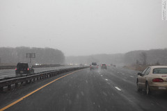 Coming down (wmliu) Tags: usa snow us newjersey highway traffic nj vehicle gsp gardenstateparkway wmliu