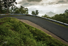 A beautiful route to Kodaikanal (Motographer) Tags: sigma wideangle monsoon 1020mm tamilnadu kodaikanal palani westernghats motographer fotografikartz motograffer