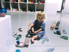 CZ_advertising_woman_shoes_new colection_kid_girl_sitting_floor_Melissa_small (STUDIO to08.net) Tags: new woman kid shoes sitting floor melissa czechrepublic gir colection advertisingphoto shoesnewcolection