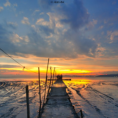 the way... (azam.alwi@maza) Tags: sunset sea seascape texture beach landscape seaside nikon jetty line malaysia slowshutter penang malaysian pantai jeti nikkor20mm leefilters d700 semulajadi jetinelayan