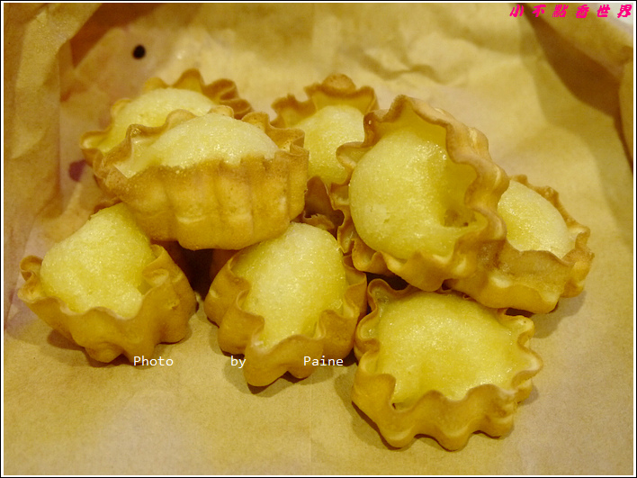 羅東夜市平胸妹雞蛋糕 (9).JPG