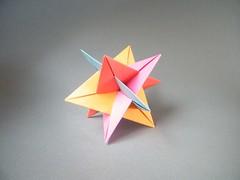 WXYZ (Four Intersecting Triangles) - Tung Ken Lam (Rui.Roda) Tags: triangles four origami ken modular papiroflexia lam planar tung intersecting wxyz