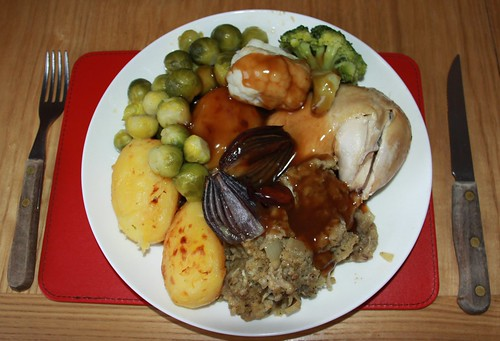 Roast Leg of Chicken Roast Red Onions Potatoes Stuffing Sprouts Broccoli Cauliflower & Bisto Gravy