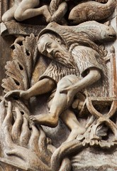 February, represented as a man in a hooded coat warming his feet by the fire - Pisces (petrus.agricola) Tags: venice italy sculpture signs man detail art feet church sign by de fire san arch exterior cathedral symbol time mark basilica coat central it carving medieval marks relief di his marco portal zodiac months marble maggiore february romanesque venezia pisces warming dei travaux ciclo hooded veneto labours labors soffit portale benedetto mesi represented antelami archivolt monatsarbeiten lanne