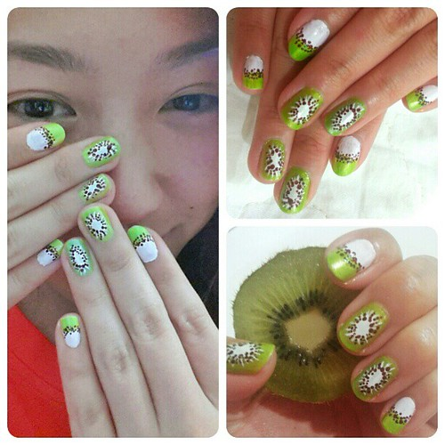 Been a while since I did em nails. Got inspired. Love of fruits,kiwis and nails ^_^ #nails #nailaddict #naildesign #nailart #kiwi #kiwinails #fruitnails #fruitart #kiwiart #instanail #nailgram #naild #cutenails #sweetnails #greennails