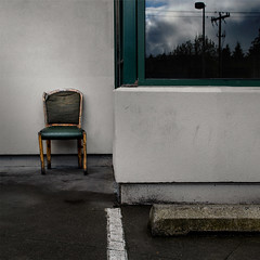 break chair :: broken chair :: broken break chair (dotintime) Tags: reflection broken window outside chair break space seat parking lot damaged injured rickety meganlane dotintime