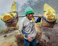 Sulfur Mining (Helminadia Ranford(New York)) Tags: travel indonesia java mining sulfur ijen