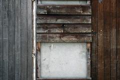 rectangles de bois (S amo) Tags: bois wood booden planche plank rectangle bton concrete grey gris brun brown geometry geometrie geometric gomtrique abstrait abstract