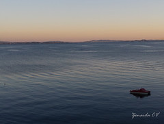 Rianxo (Zenaida.CV) Tags: boat sea mar barca sunset atardecer sail marinero village rianxo galicia
