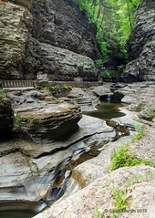 Watkins Glen Trail_0038 (sugarzebra) Tags: watkinsglen fingerlakes newyork waterfalls stream river longexposure timeexposure trail hiking statepark canon singhray