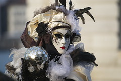_APZ3186 (CapZicco Thanks for over 2 Million Views!) Tags: venice italy italia mask carnevale maschere carniival 40d cxanon 1dmkiii capzicco 5dmkii cuocografo ef35350 ef815
