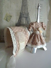 Conjunto de gorro y vestido para Blythe