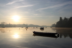 Matin d'hiver (rogermarcel) Tags: winter sunrise river landscape boat hiver rivire paysage reflexion barque waterscape ambiance mygearandme mygearandmepremium mygearandmebronze rogermarcel creativephotocafe