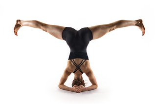 Yoga - Headstand With Splits