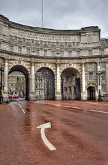 "Admiralty Arch • <a style=""font-size:0.8em;"" href=""http://www.flickr.com/photos/45090765@N05/8541735113/"" target=""_blank"">View on Flickr</a>"