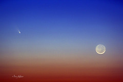 Pan-starr and Moon Seen In The Red White and Blue [Explored!] (Terry Aldhizer) Tags: new blue red sky moon white virginia twilight dusk terry comet aldhizer terryaldhizercom panstarr