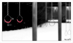 ..:: ring frei ::.. (bora_binguel) Tags: winter red snow sport blackwhite rings schwarzweiss ringe colorkey fotocommunity