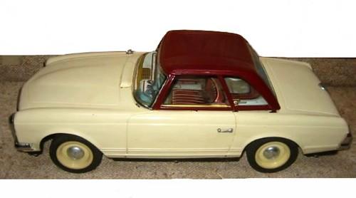 Modern Toys MB 230 SL