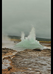 The Great Geysir erupting in southwestern Iceland (jitenshaman) Tags: travel tourism iceland europe tourist destination geyser spout hotspring gush erupt geysir eruption boil worldlocations