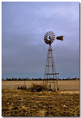 WIND TURBINES (_Val W) Tags: cold pentax windturbines oldhomesteads stopthecar pentaxk10d lookatthoseskies valwest imgp2646