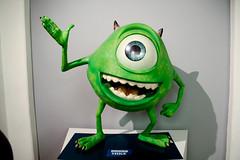 Mike (michael_hamburg69) Tags: green eye mike monster museum germany deutschland hamburg exhibition pixar ag animation grün auge inc figur ausstellung wazowski langenachtdermuseen 2013 museumfürkunstundgewerbe animationsfilm mikeglotzkowski