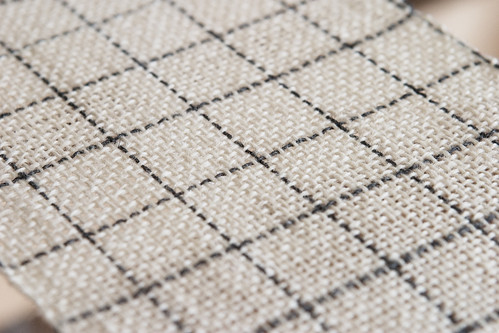 Cream & Charcoal Check Weaving