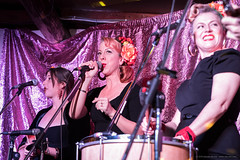 Opening song - The Bella Fontes (sbyrnedotcom) Tags: bellafontes lillifield wadeville bands gigs live music musicians performance vocalists nsw australia