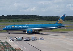 Vietnam Airlines Boeing 777-200ER VN-A145 (gama_cat_) Tags: b777 b772 b777200