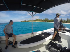 Getting close to another island, its just paradise!