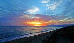 Puesta de sol (Antonio Chacon) Tags: atardecer marbella mlaga mar mediterrneo costadelsol espaa spain sunset
