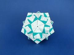 Sonobe var. (masha_losk) Tags: kusudama  origami paper paperfolding modularorigami unitorigami    foliage folded symmetry squares origamiwork origamiart