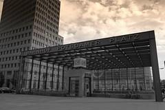 Potsdamer Platz (Tarik Moosa) Tags: berlin night see sterreich am nightshot nacht sony hamburg olympus alpha zell 550 langzeitbelichtung knigssee xz1