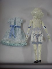 LE China Girl 19'' Doll - Oz The Great and Powerful - First Look - Deboxed - Undressing - Dress Removed - Full Rear View (drj1828) Tags: doll le resin limitededition disneystore firstlook undressed posable chinagirl freestanding 19inch deboxed ozthegreatandpowerful