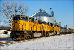 MPRSS at HWY 13, Adams, WI (Philip_Martin) Tags: snow up wisconsin adams pacific union elevator grain line wi sd9043mac sd90 mprss