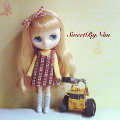Moddy Middie : Special order for my Etsy's customer. #middieblythe #blythe #blythedoll #blythedress #sweetbynim #etsy (Sweet-by-Nim) Tags: square squareformat iphoneography instagramapp uploaded:by=instagram