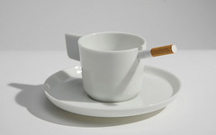 C&C (jkmelb) Tags: white tea te bianco porcelain glazed 2007 caff tazzine coffeecups teaandcoffee homeaccessories porcellana smaltato kitchenandtabletop