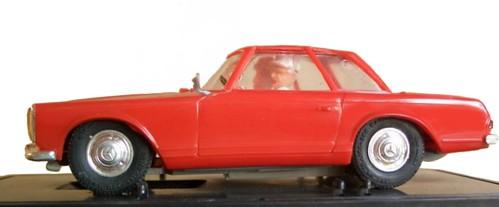 Carrera MB 230 SL