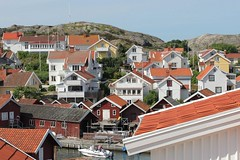 Grundsund (K Nilsen) Tags: houses buildings harbor boat canal wooden village rooftops sweden coastal sverige bohusln cottages holidayhomes outbuildings boathouses grundsund vstkusten skaft summerhomes fishermencottages