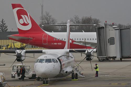 Hop! ATR 72-212; F-GVZR@BSL;03.04.2013/699al