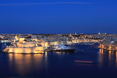 (A Sutanto) Tags: city blue gardens night boats evening harbor long exposure view harbour fort dusk grand malta upper hour valleta barrakka