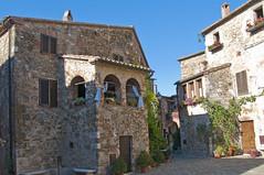 Luci ed ombre a Montemerano - Lights and shadows in Montemerano (Tuscany, Italy) (ricsen) Tags: italia italy toscana tuscany montemerano manciano albegna grosseto castle castello