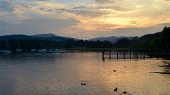 Ambleside Sunset (J @BRX) Tags: ambleside windermere lakewindermere lakedistrict nationalpark cumbria england uk summer 2016 september sunset light lake water peace glow sky cloud