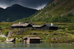 (DoctorMP) Tags: norway norge jotunheimen mountains gjende vatn lake gjendesheim summer hytter huts