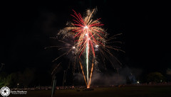 Beaudesert Show 2016 - Friday Night Fireworks-65.jpg (aussiecattlekid) Tags: skylighterfireworks skylighterfireworx beaudesert aerialshell cometcake cometshell oneshot multishot multishotcake pyro pyrotechnics fireworks bangboomcrackle